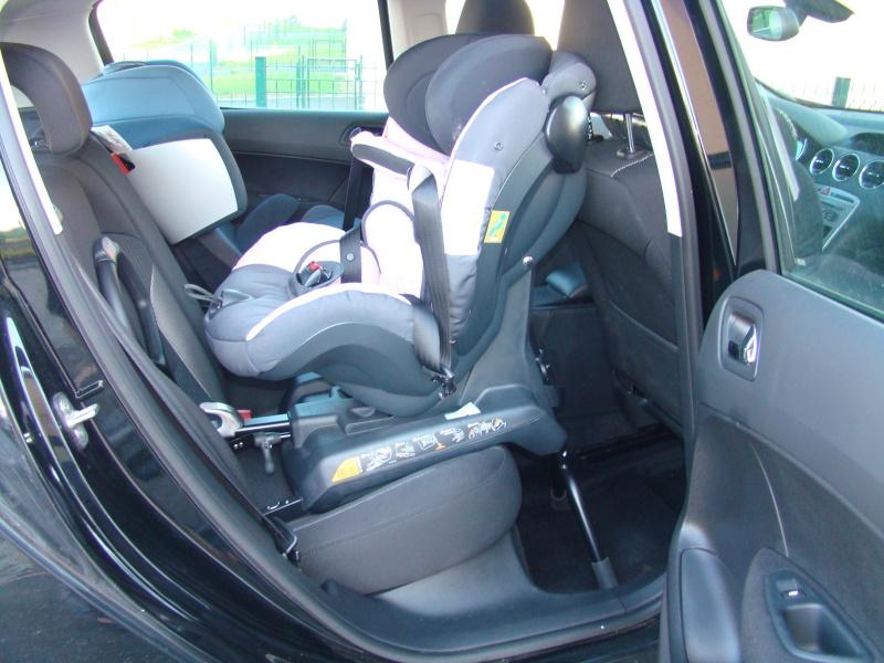 le dos la route le rear facing la s curit auto vaut aussi pour nos enfants. Black Bedroom Furniture Sets. Home Design Ideas